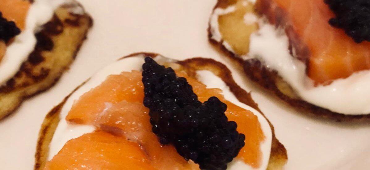 Blinis aux œufs de lompe & saumon fumé
