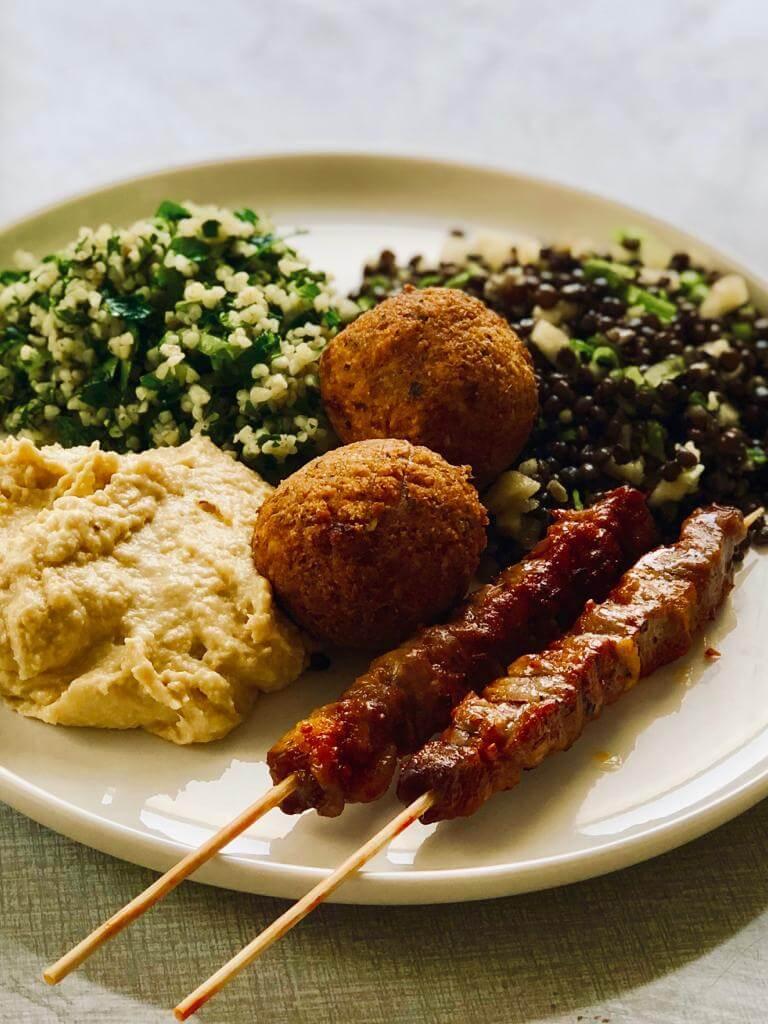 Une assiette aux accents israéliens